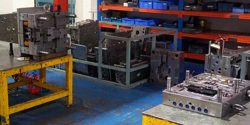 Low-Volume-Manufacturing-plastic-mold