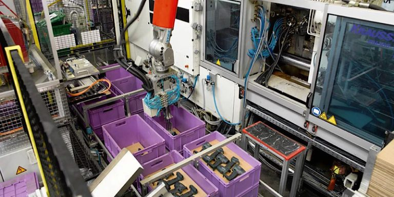 prototype injection molding-feature image